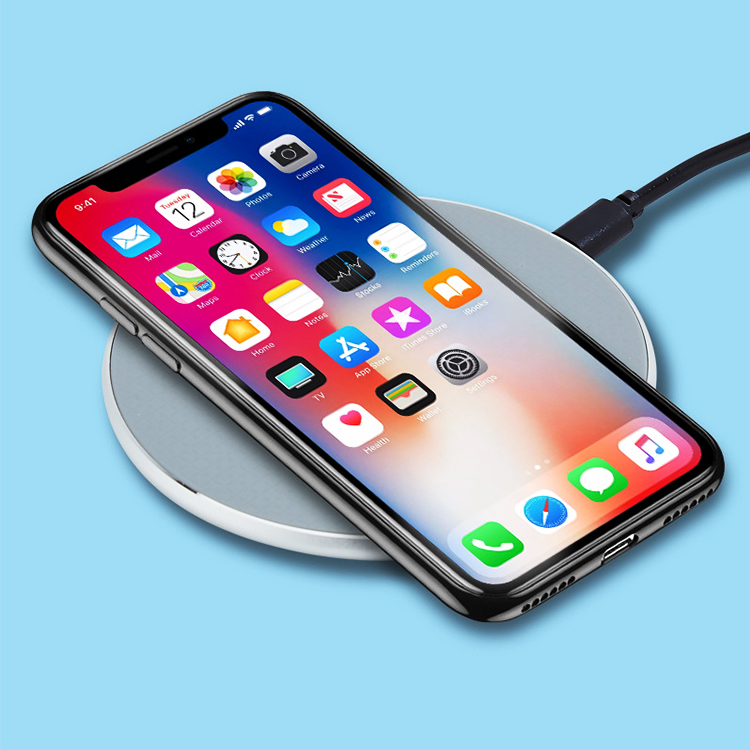 Popular products Aluminum alloy + ABS  10W Qi Wireless Charger Universal quick charge Wireless Charging Pad for iPhone/ Samsung/Huwei/Xiao Mi